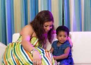 THERE'S NOTHING WRONG BEING A SINGLE PARENT--MONALISA CHINDA