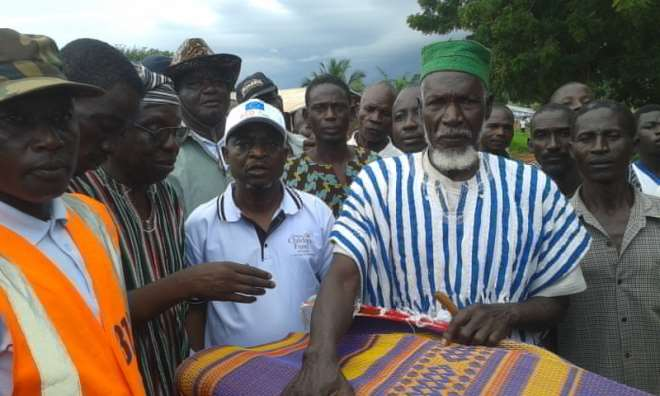 NADMO GIVES ITEMS TO VICTIMS