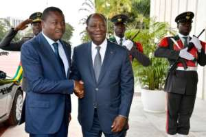 Togolese President Faure Gnassingbe (l) met his Ivorian counterpart Alassane Ouattara in November 2017