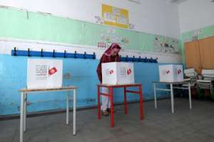 Tunisia's political elite is facing another challenge at the ballot box from outsider candidates.  By FETHI BELAID (AFP)