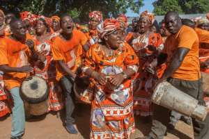 Banda's supporters sing during a rally at her home town.  By AMOS GUMULIRA (AFP/File)