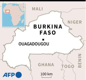 Map of Burkina Faso locating Ouagadougou, and a map of the city centre.
