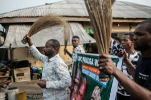 Calling out the vote: Supporters of Nigerian President Muhammadu Buhari. By Yasuyoshi CHIBA (AFP)