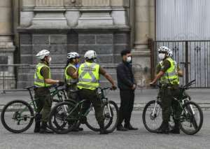 Chilean soldiers patrol in Santiago, Chile, before more than 1.3 million people in the city enter into total quarantine for a week.  By Martin BERNETTI (AFP)