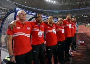 CS Sfaxien coach and former Dutch star Ruud Krol (L) is on track to win the CAF Confederation Cup a second time with the Tunisian club.  By FETHI BELAID (AFP)