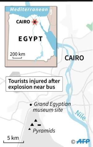 Map locating an explosion Sunday which struck a tourist bus near the pyramids close to Cairo, injuring 17 tourists..  By Cecilia SANCHEZ (AFP)