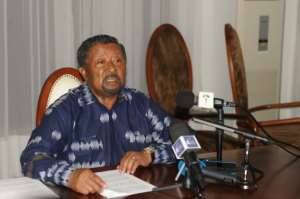 Gabonese opposition leader Jean Ping gives a press conference at his residence in Libreville on September 2, 2016