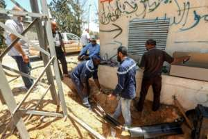 Gecol also has to repair damage caused by looters who have plundered electricity cables for copper to be sold on the black market.  By Mahmud TURKIA (AFP)