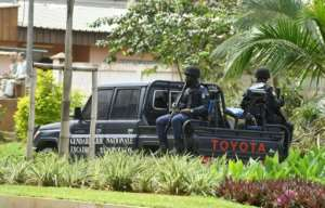 Ivorian gendarmes have blocked access to the residence of opposition chief Henri Konan Bedie.  By Issouf SANOGO (AFP)