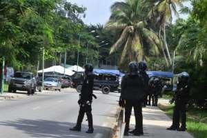 Ivorian police blocked the street around opposition leader Henri Konan Bedie's house in Abidjan.  By Issouf SANOGO (AFP)