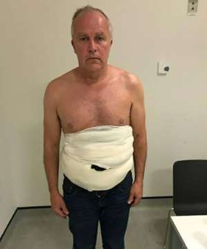Jeffrey Lendrum was found to be wearing a body belt of bandages concealing eggs from vultures, falcons and kites as well as two newly-hatched African fishing eagles chicks His body belt was designed to