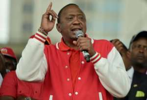 Kenya's President Uhuru Kenyatta campaigns in Nairobi