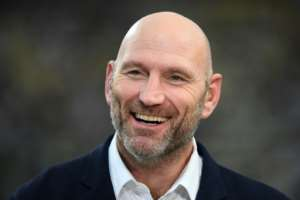 Lawrence Dallaglio said England's game against New Zealand was