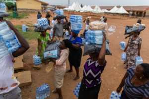 Many people in Lagos survive by hawking or doing manual labour, and the order to stay at home has crippled their income.  By Benson IBEABUCHI (AFP)