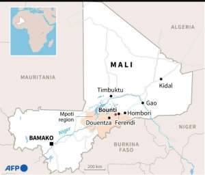 Map of Mali locating the town of Douentza and the city of Timbuktu.  By Manel MENGUELTI (AFP/File)