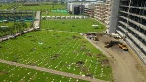 New graves at the Jardines de la Esperanza cemetery in Guayaquil, Ecuador.  By Jose Sánchez (AFP)