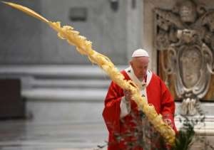 Pope Francis celebrated Palm Sunday mass behind closed doors.  By Alberto PIZZOLI (POOL/AFP)