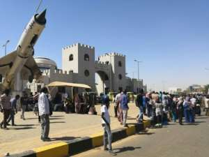 Protesters have gathered for two days outside a complex housing Sudan's army headquarters as well as President Omar al-Bashir's official residence and the defence ministry. By - (AFP)