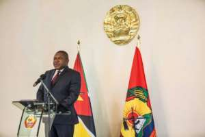 President Filipe Nyusi may be reluctant to expose those in the ruling Frelimo party responsible for the debt scandal