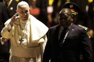 President Filipe Nyusi greeted Francis at the airport.  By GIANLUIGI GUERCIA (AFP)