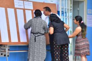 Roughly three-quarters of the island's almost one million eligible voters turned out to cast their ballot, according to election officials.  By Beekash ROOPUN (L'Express Maurice/AFP)