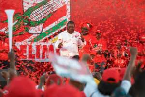 Ruling Party Frelimo is widely expected to keep power.  By GIANLUIGI GUERCIA (AFP)
