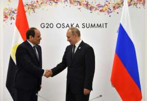 Russian President Vladimir Putin (R) has fostered Egyptian President Abdel Fattah al-Sisi (L) as an ally.  By Yuri KADOBNOV (POOL/AFP)