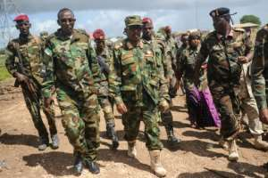 Somali military chief General Abdiweli Jama Gorod (C) visits Sanguuni military base, where a US special operations soldier was killed by a mortar attack in June 2018.  By Mohamed ABDIWAHAB (AFP/File)