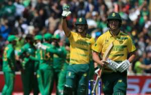 South Africa's batsman AB de Villiers (R) leaves the crease after being caught by Pakistan fielder Mohammad Hafeez during their ICC Champions Trophy match, at Edgbaston in Birmingham, on June 7, 2017