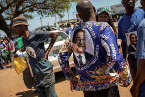 Supporters of Mozambican main opposition party RENAMO hope to win some of the country's provincial governor posts for the first time.  By GIANLUIGI GUERCIA (AFP)