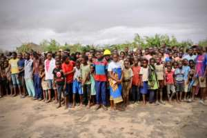 Survivors of the cyclone gather to wait for relief aid at Buzi in Mozambique.  By ADRIEN BARBIER (AFP/File)