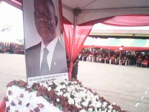 Officials lay wreaths in honour of President Mills