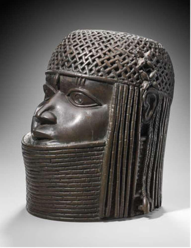 commemorative head of an oba