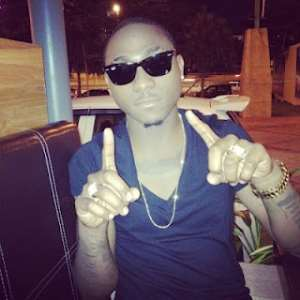 HIP-HOP ACT DAVIDO SPENDS 2 MILLION NAIRA ON CHAIN