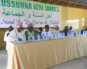 Sheik Yakoub Shuaib Abban (second left) and National Imam, Ahlussunna Wal, Jama'a with some leaders at the press conference
