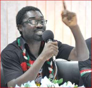SaCut Amenga-Etego addressing journalists