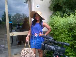 Ingrid Alabi  on set in Italy