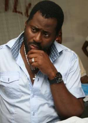 Nollywood Actor, Desmond Elliot Veers Into Politics