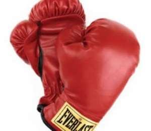 Hatton confirms boxing comeback