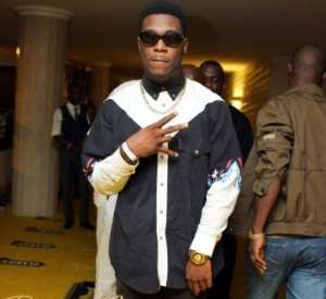 """Burna Boy Angrily Exited The Headies 2013 After Losing Out To Sean Tizzle In The """"Next Rated"""" Category"""