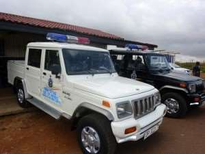Former MP donates pick-up cars to Police