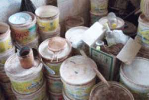Containers full of substances for preparing