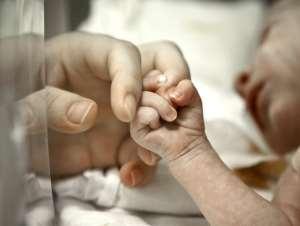 SHOCKER ! STILLBORN BABY FOUND ALIVE AFTER 12 HOURS IN ARGENTINE MORGUE