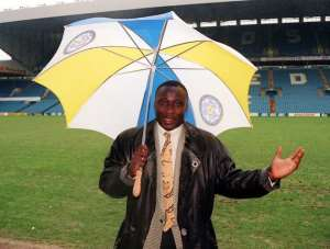 ON THIS DAY: 1995 Leeds United signed Tony Yeboah from Eintracht Frankfurt