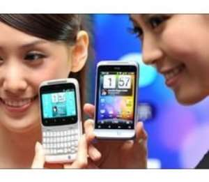 Mobile phones: 'Still no evidence of harm to health'