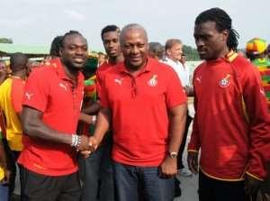 Vice President John Dramani Mahama and some players of the Black stars