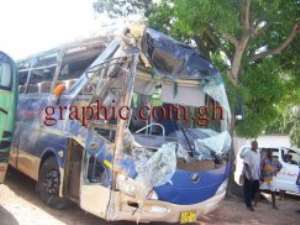 The mangled Yutong bus after the accident at Yamoranza