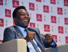 Footall Legend Pele Visits Emirates' Headquarters