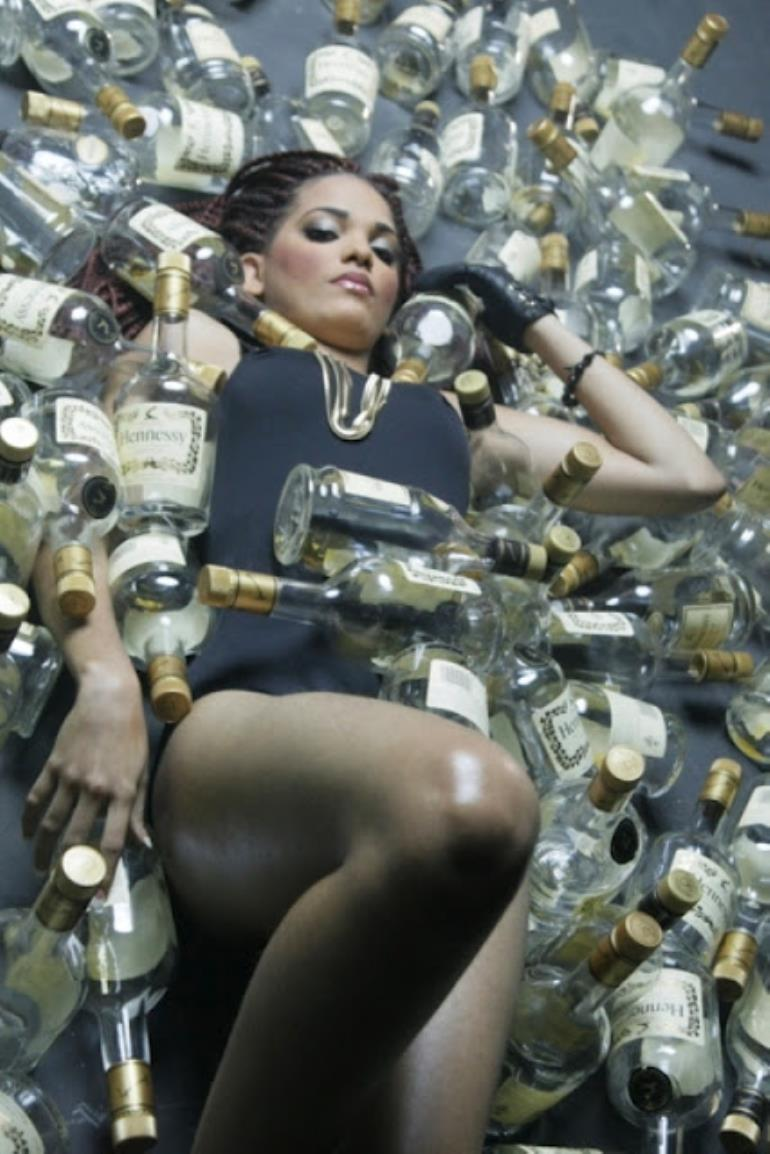 Half Naked Girls, Flashy Cars  Hennessy, Behind The Scenes Of Mi  Naeto C-9746