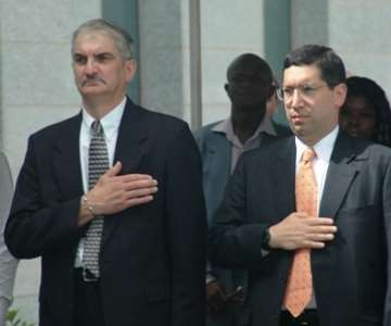 Senior Staffs of the US Embassy in Accra take the US national salute<br/>